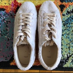 🌼Shoes Sale🌼Pink Fluffy Fur Sneakers On Sale